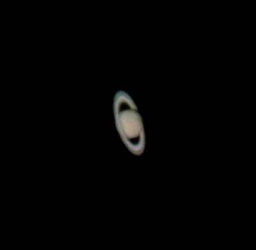 Saturno en proyección ocular. Tomada con un celular MotoX.