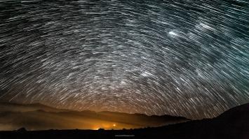 Star Trails - Lluvia de Perseidas - Stgo. de Tuna-Perú